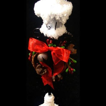 Led Lighted Lamppost Decoration - Frosted In Sparkling Iridescent Glitter And Features A Berry Wreath With A Big Red Bow