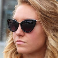 Vintage Cat Eye Sunnies {Black}
