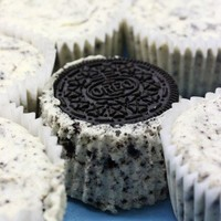 Oreo Cheesecake Cupcakes « Cate's World Kitchen