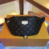 8.22 [NEW] Original LV Louis Vuitton new LV Bumbag pockets M43644