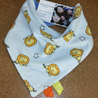 Baby Boys Bib, Lion Flannel Bib, Baby Boy Bandana Bibs, Teething Bibs, Drool Bibs, Reversible bib, Babys accessories/MYSWEETCHICKAPEA