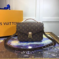LV Louis Vuitton MONOGRAM CANVAS METIS HANDBAG INCLINED SHOULDER BAG