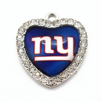 Crystal Heart Pendant New York Giants Team Sports Dangle Charms For Man Woman Necklace Bracelet Jewelry Accessories 10pcs/lot
