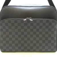 Auth LOUIS VUITTON The Dayton MM N41409 Damier Graphite CA3107
