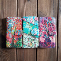 Floral Pattern Leather Wallet Case with Perfection Prime Design for iPhone