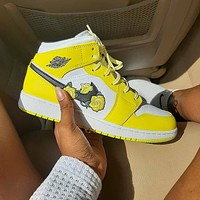 NIKE Air Jordan Mid AJ1 Mid top four leaf grass yellow flower casual board shoes