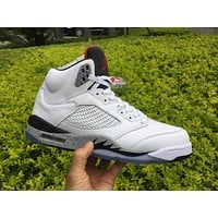 Air Jordan Retro 5 White Cement Basketball Shoes Men 5s White Grey Cement Sports Sneakers High Quality With Shoes Box