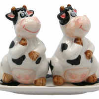 Collectible Salt and Pepper Shakers Happy Cows