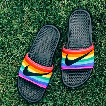 NIKE BENASSI JDI BETRUE 2019 new rainbow female models outdoor sports word slippers shoes