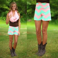 Sweetest Things Chevron Shorts in Mint
