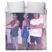 Another Dolan twin product with Taylor caniff