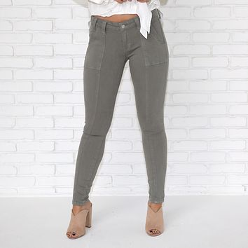 Cargo Skinny Pants In Pale Olive