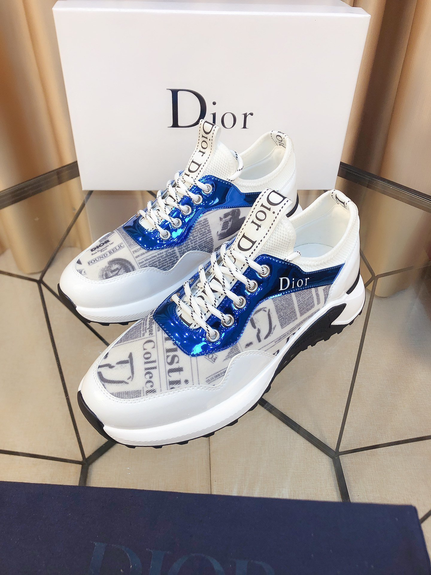 Image of DIOR  Men Fashion Boots fashionable Casual leather Breathable Sneakers Running Shoes