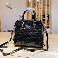 Dior hot style trendy rhombus embroidery thread shopping bag classic single shoulder bag