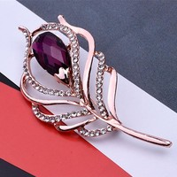 Retro Crystal Peacock Feather Brooches For Women Stethoscope Brooch Pins Fashion Dress Coat Clothes Accessories Cute Jewelry