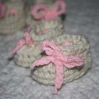 Cream and Light Pink Newborn and 0-3 Mo Baby booties