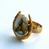Adjustable Horse Ring Gold Tone Horseshoe Palomino Portrait