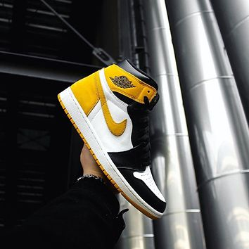 Fashion High Top Sneakers Basketball Shoes