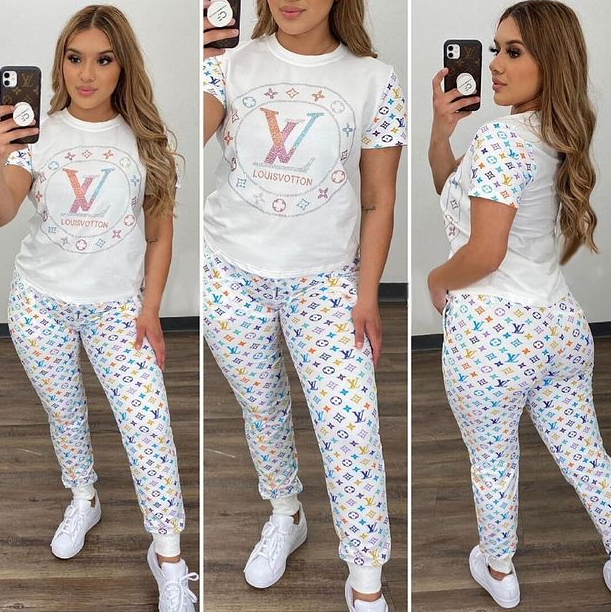 Image of Louis Vuitton LV Women With short sleeves Top trousers Two-Piece