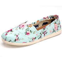 Small broken flower female lazy student flat canvas shoes in summer