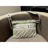 Dior 2019 new D letter canvas vintage embroidery old flower shoulder Messenger bag #3