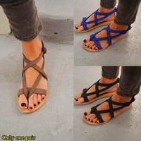 Fashion Hot-selling Sandals Large-sized Flat-heeled Ladies'Sandals Taizhou Women's Shoes