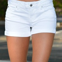 Our Favorite Pair of White Shorts Shop Simply Me Boutique Shop SMB – Simply Me Boutique