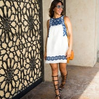 Straight Sleeveless Print Dress