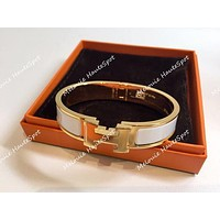 AUTH HERMES PM SMALL CLIC CLAC WHITE WITH GOLD HARDWARE NARROW ENAMEL BRACELET Tagre™