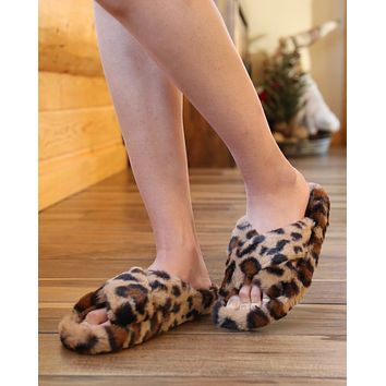Faux Fur Fuzzy Criss Cross Open Toe Slippers in Leopard