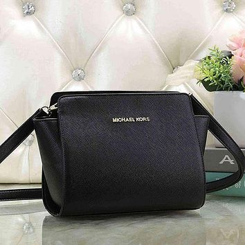 Michael Kors MK classic zipper tote bag hot sale fashion lady one shoulder messenger bag