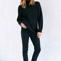 BDG Shaker Turtleneck Sweater-