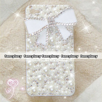 iPhone 5 case - Pearl iPhone 4 case - crystal iphone 4 case - white bow iphone 4 case - bling iphone 4 case - cute iphone 5 case