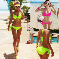 Sexy Women Top Bikini Push-up Padded Swimsuit Bathing Suit Swimwear 3 Sizes ONM D_L = 1712877252