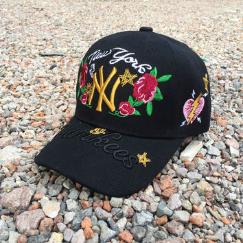MLB New York Yankees Floral Embroidered Women Men Sport Sunhat Embroidery Baseball Cap Hat