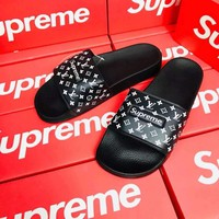 """Supreme x Louis Vuitton"" Unisex Fashion Personality Letter Casual Slippers Couple Beach Home Sandals Shoes"