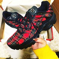 Nike Air Max Plus Fashion Casual Retro Black Red Plaid Air Cushion Sport Running Sneakers Shoes