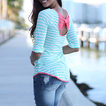 Striped Scoop Neck Bow Back Tee