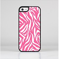 The Pink & White Vector Zebra Print Skin-Sert Case for the Apple iPhone 5c