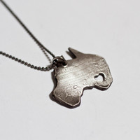 tru.che: I Heart Australia Necklace, at 18% off!