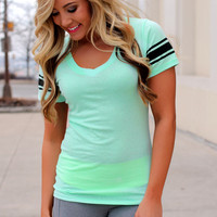 Finish Strong Tee - Mint