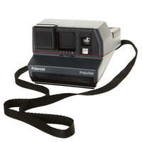 SURFSTITCH - ACCESSORIES - CAMERAS - POLAROID - THE IMPOSSIBLE PROJECT IMPULSE VINTAGE POLAROID CAMERA - BLACK