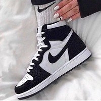 Air jordan 1 classic black and white men and women high-top sneakers Shoes