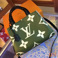 HCXX 19Aug 024 LV M44671 Louis Vuitton Montaigne BB Fashion Casual Flight Bag Hight-capacity Handbag Size 33-23-15CM Green