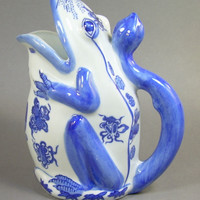 Blue and White Porcelain Chinese Frog Water Pitcher Vase Seymour Mann Inc. China