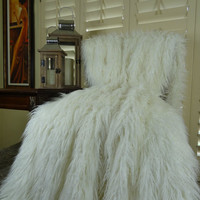 White Faux Fur Throw Blanket & Bedspread - White Mongolian Curly Fur Blanket - Super Soft Curly White Fur Blanket - Luxury White Fur - 16421