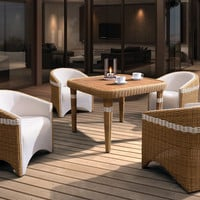 Amiga Outdoor Dining Set