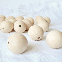 27 mm Wooden beads 50 pcs - natural eco friendly r27mm