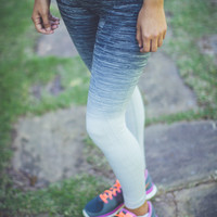 Ombre Workout Leggings in Grey