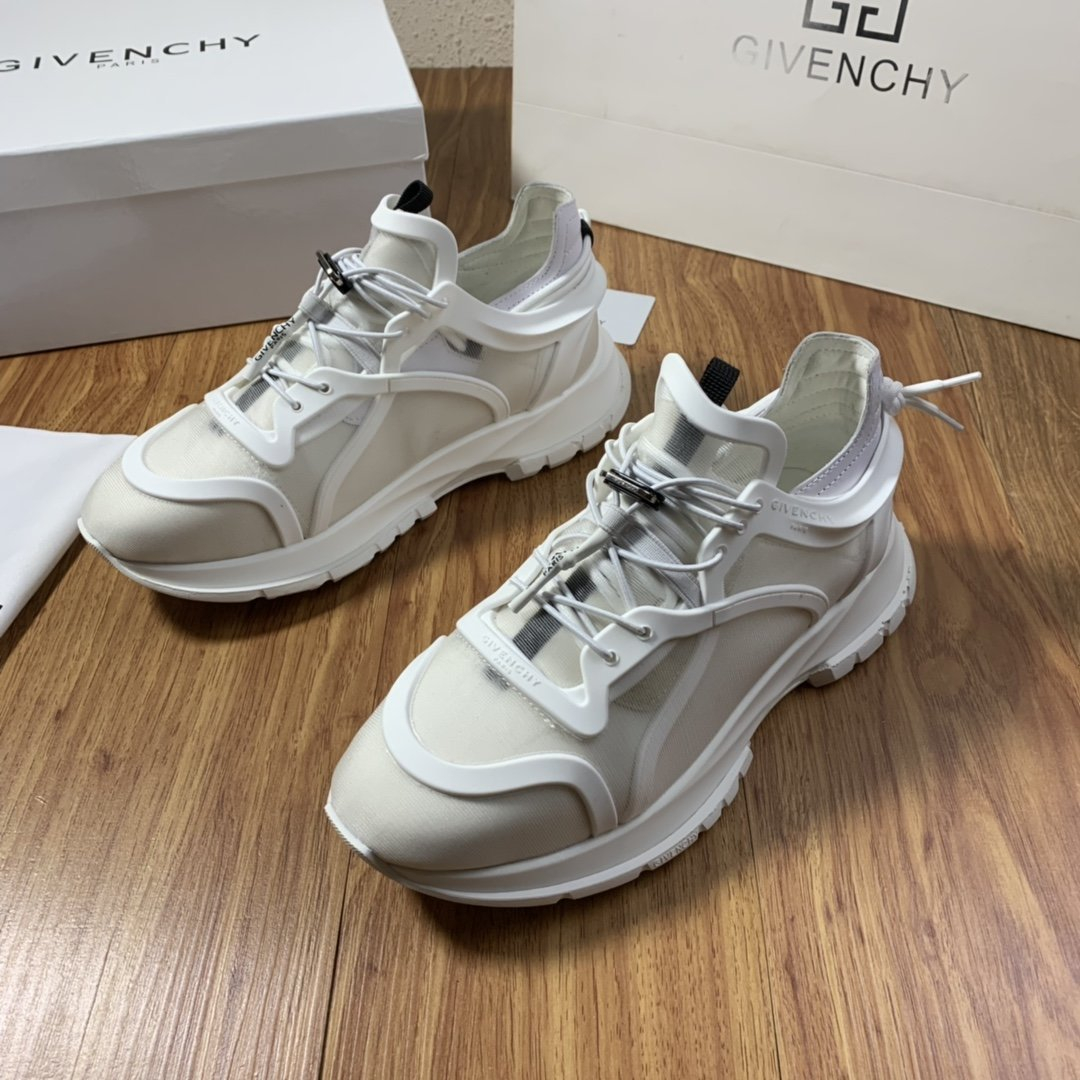 Image of Givenchy Men's 2021 NEW ARRIVALS JAW Sneakers Shoes